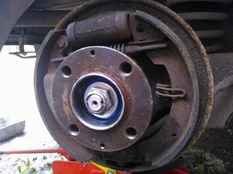 Подшипник передней ступицы на азлк москвич м-2141, производство: at, каталожный номер: 256908