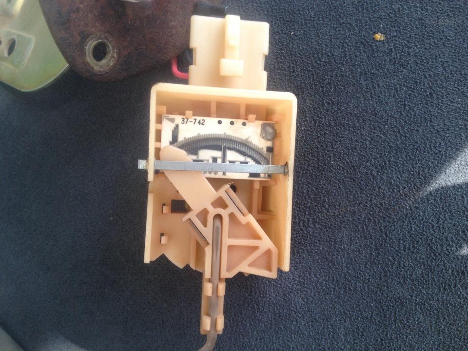 ремонт датчика уровня топлива митсубиси