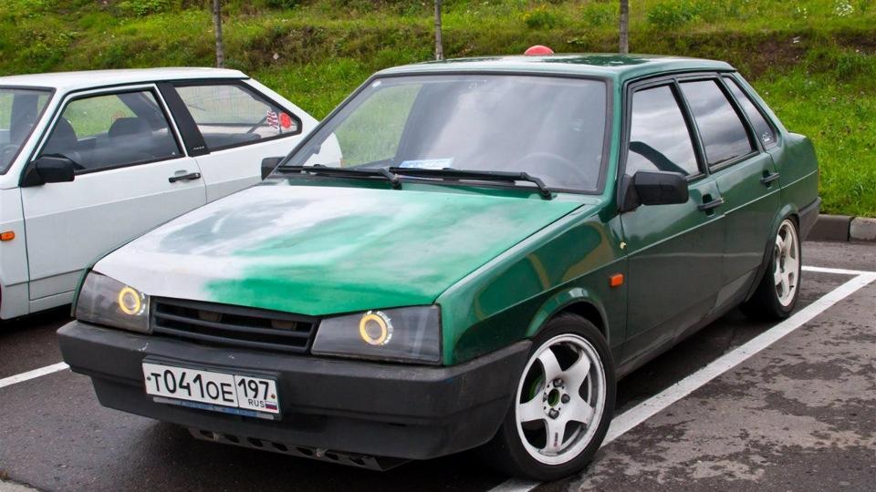 Ваз 21099  зеленая