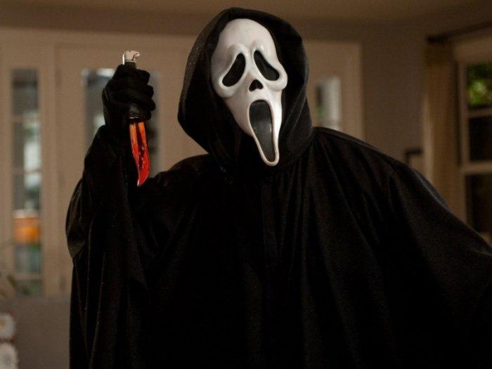 Ужас про людей в масках 129