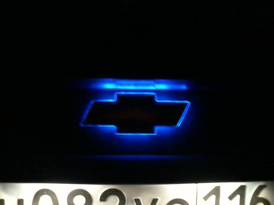 подсветка значка шевроле: