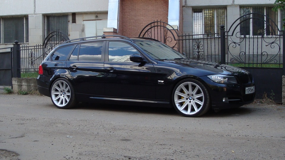 bmw 3 series touring 320d black vogel drive2