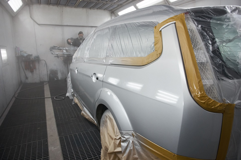 Покраска передней внутренней панели (телевизор) Ford Focus
