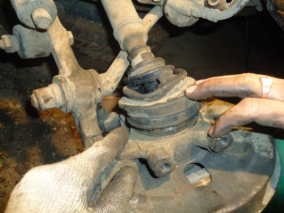 Замена шаровой опоры ВАЗ 2115 своими руками