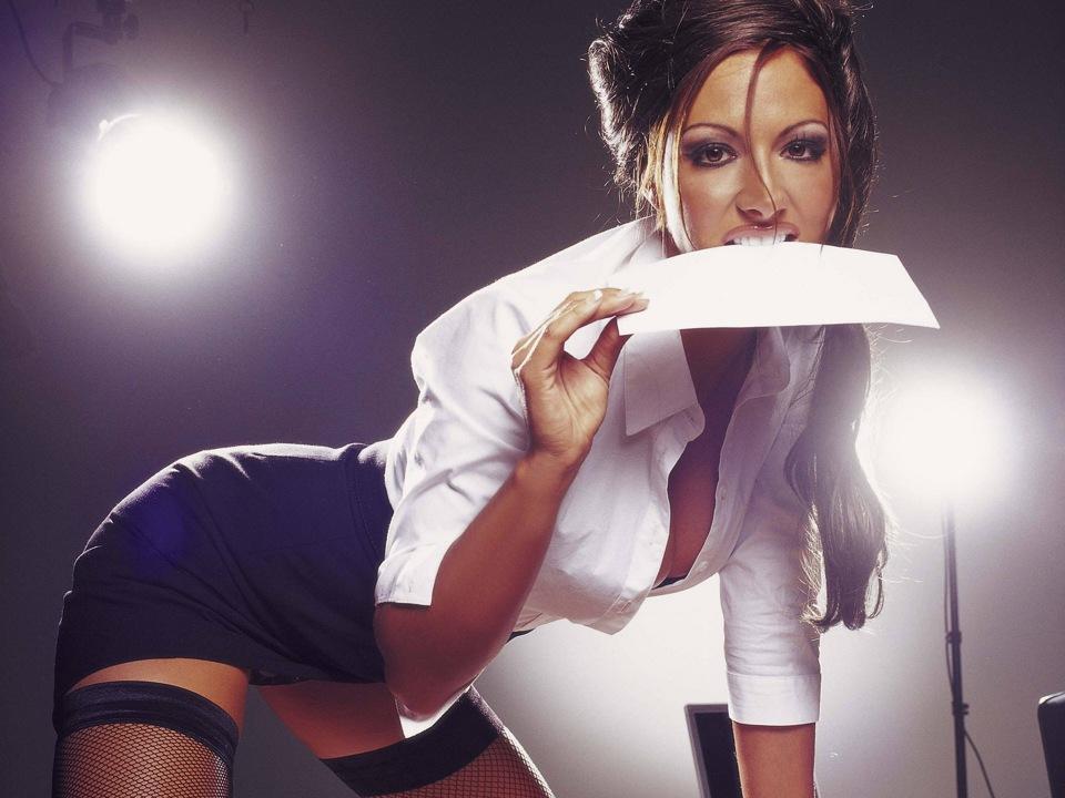 девочки секретарши занимаются сексом