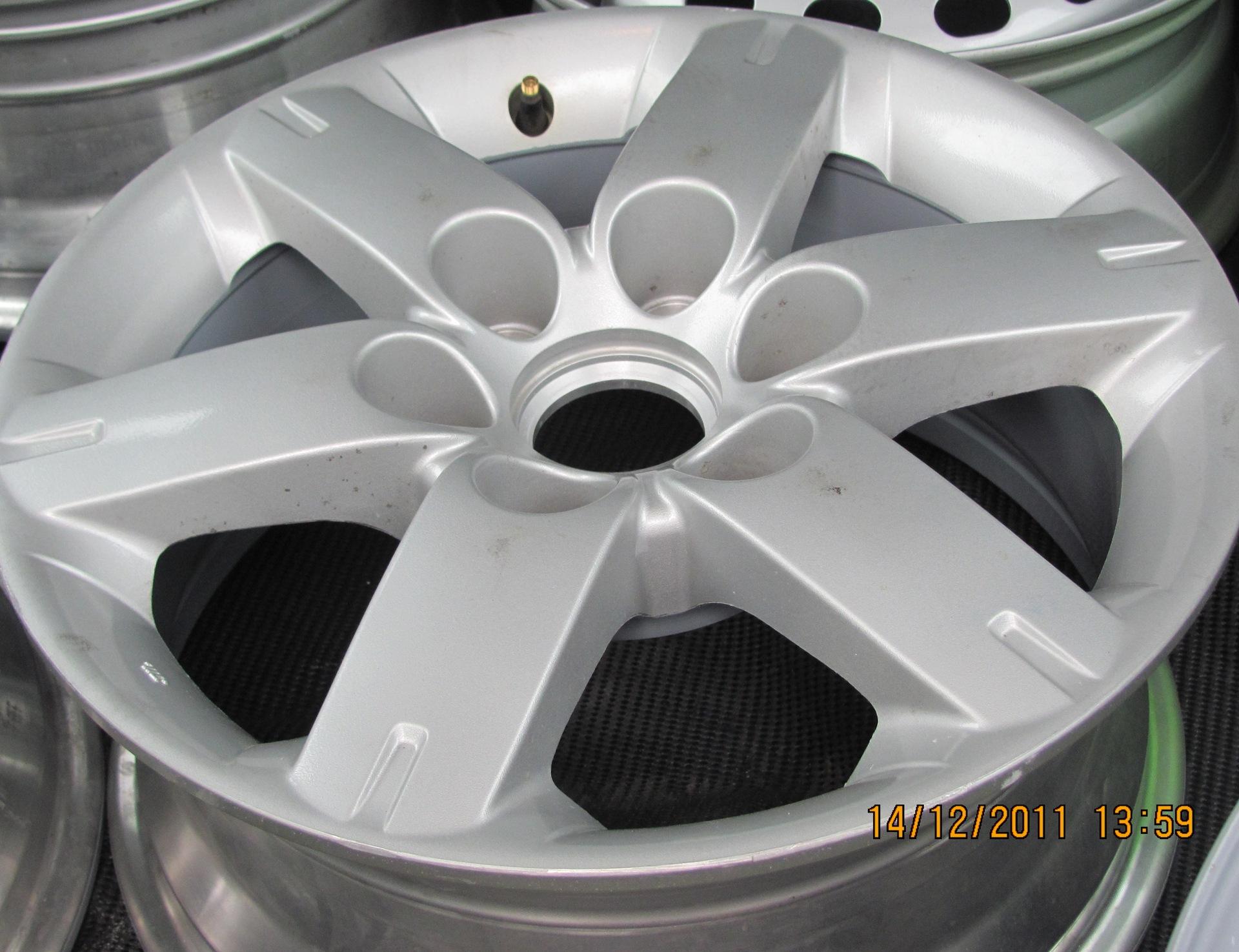 размер колёсных дисков hyundai grand starex