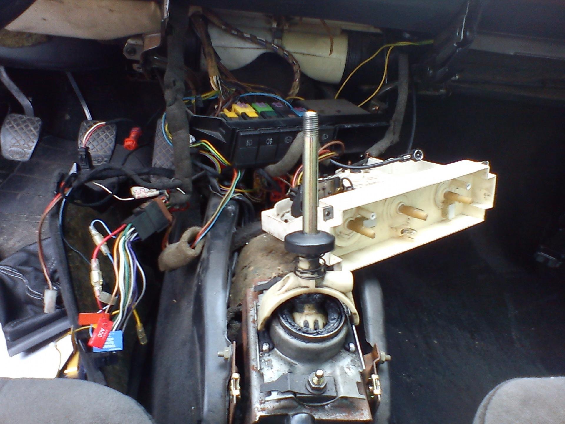 audi100 c3 44кузов моторчик отопителя
