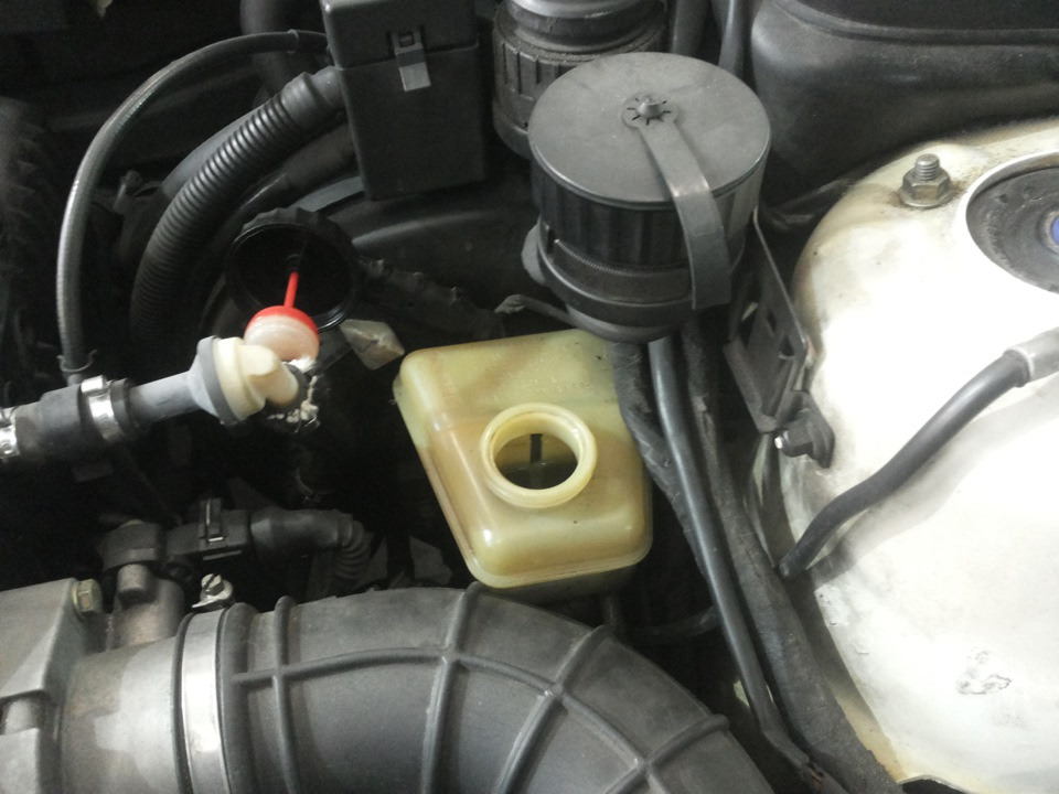 Замена тормозного цилиндра е34 Замена тормозных дисков ситроен с4