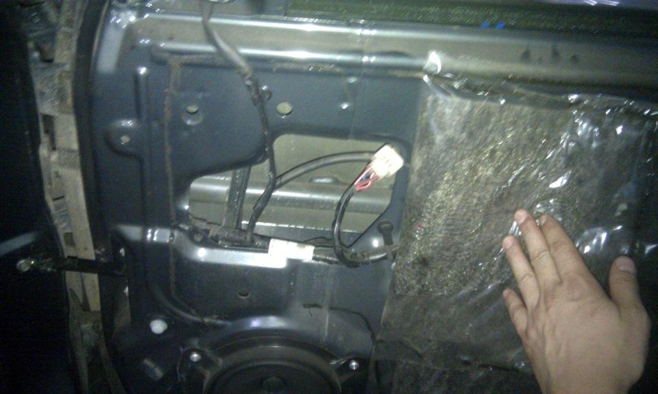 Шумоизоляция крышки багажника на приоре хэтчбек
