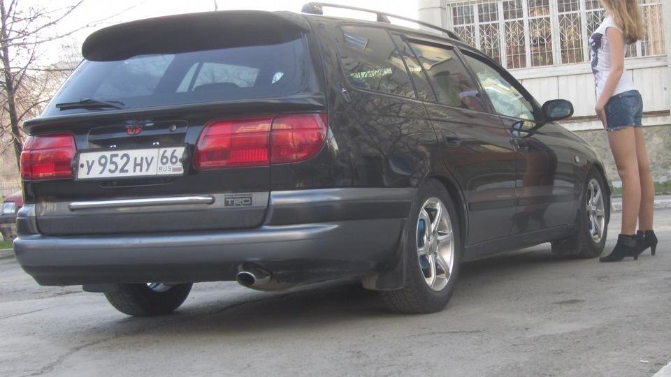 тойота калдина фото 1996