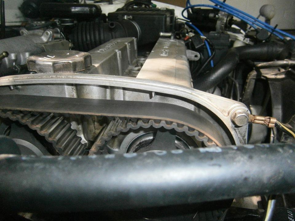 как снять двигатель с митсубиси мираж
