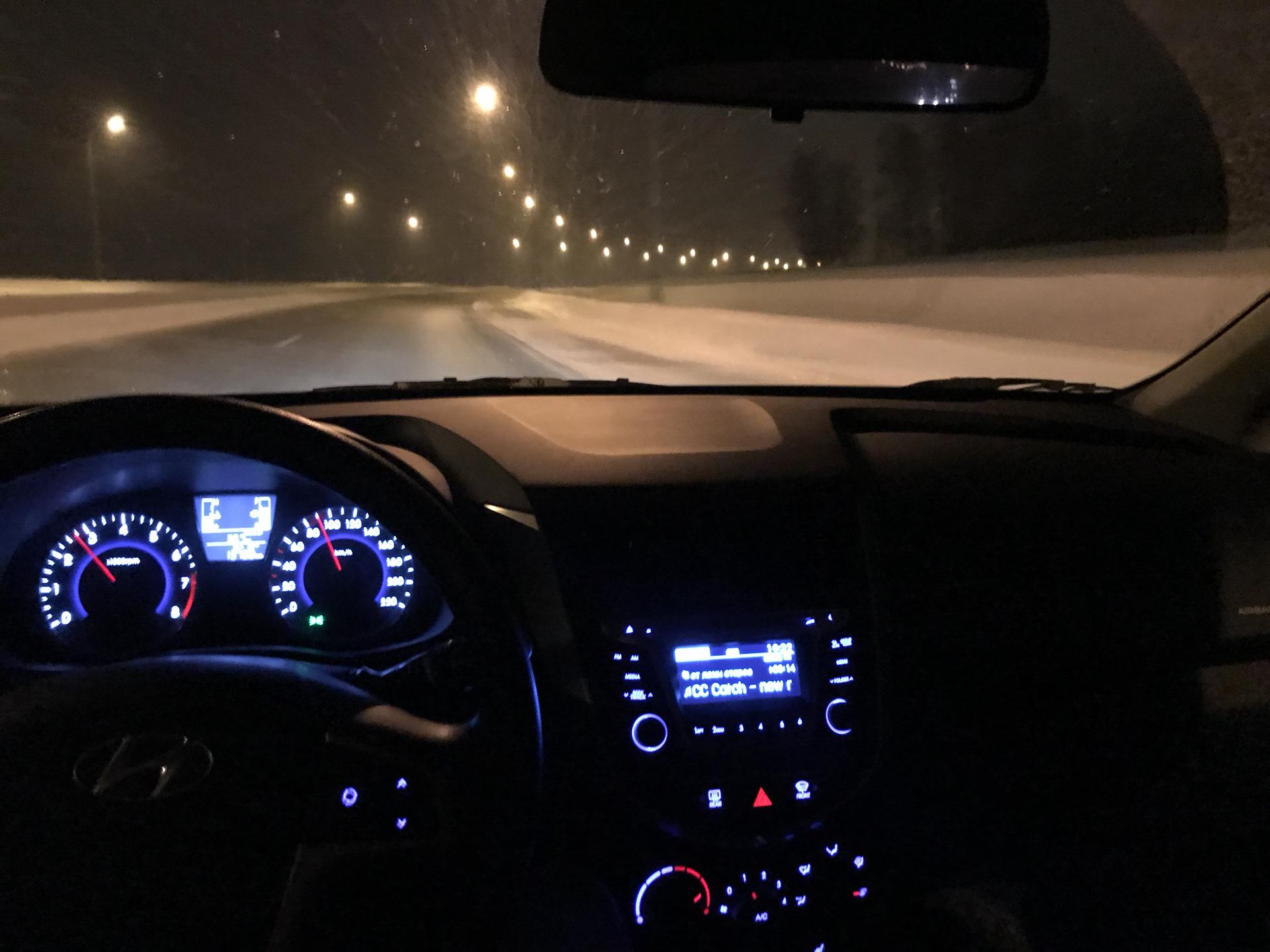 Фото машины изнутри ночью зимой