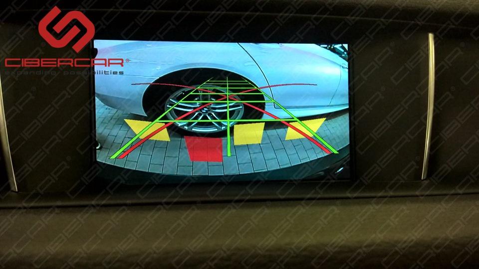 Есть два типа камер в штатное место: как на фото (вместо плафона) и в ручку открытия багажника; второй вариант более в стиле БМВ.