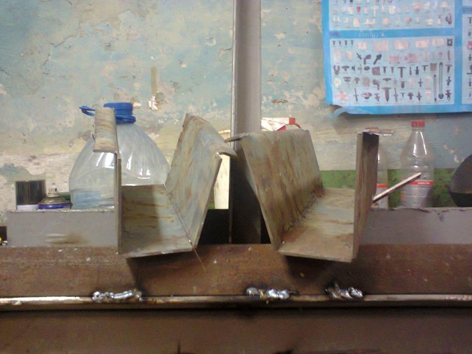Приспособление для сгибания листового металла