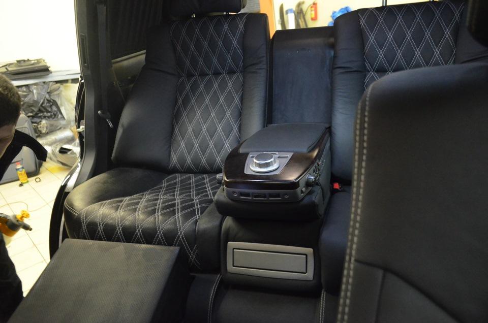 Установка пассажирских сидений и диванов