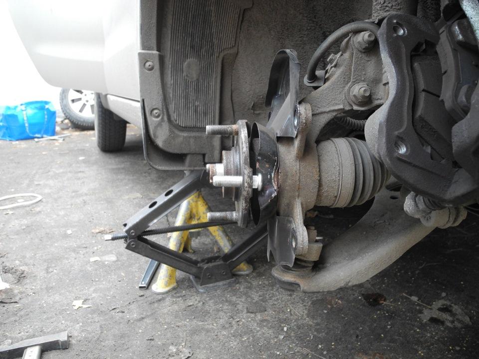 Как заменить шпильки на колесах на киа сид