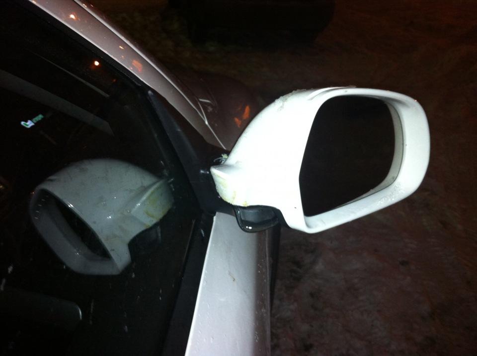 Замерзло зеркало в машине что делать
