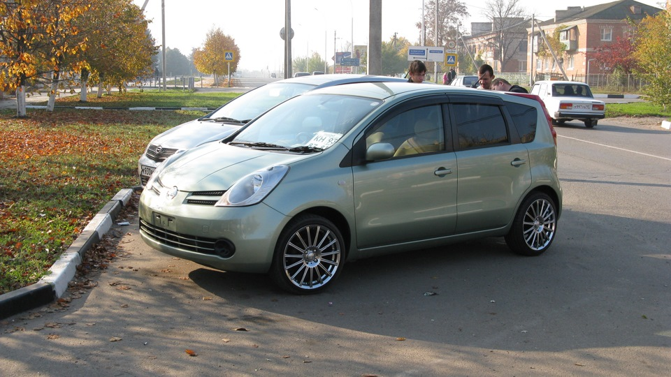 nissan note r17