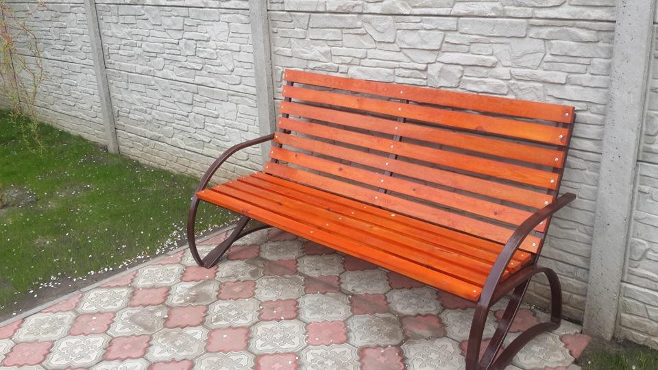 Скамейка и стол во дворе своими руками