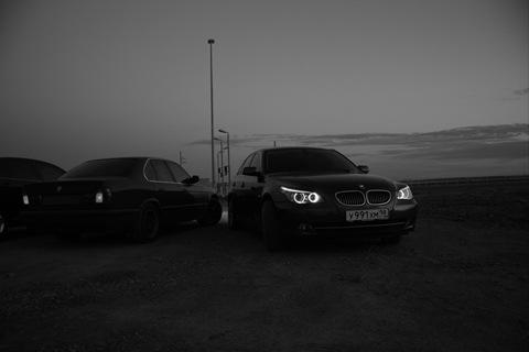 черно белое фото бмв