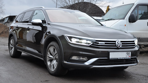 volkswagen passat alltrack b8 owners 39 reviews with. Black Bedroom Furniture Sets. Home Design Ideas