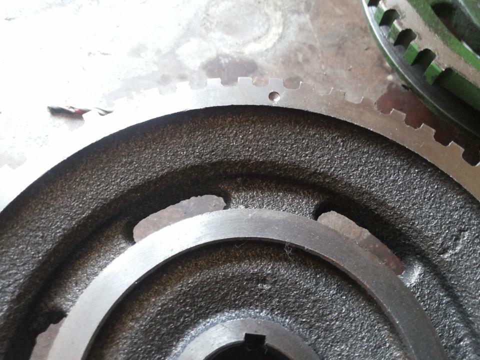 шпонка на шкивах двигателей renault