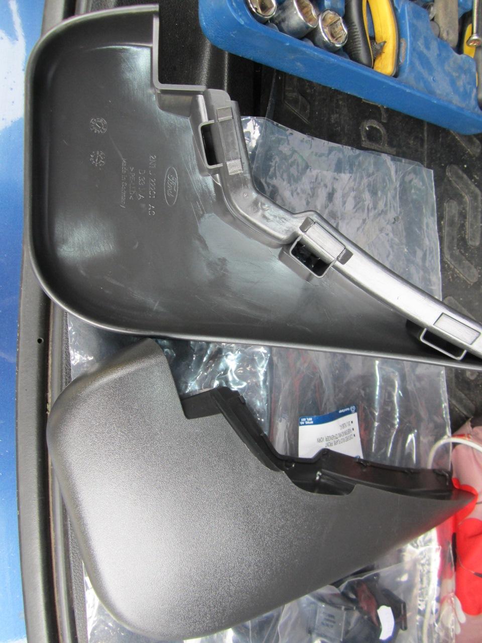Как установить универсальные передние брызговики на форд фьюжен