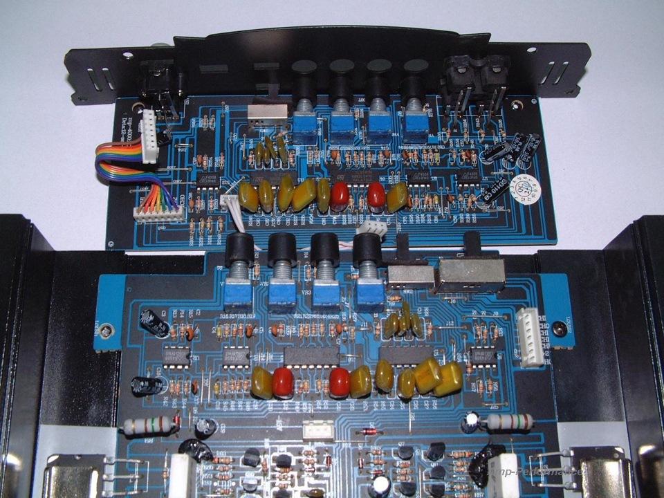 mac audio mpx 4000 renault logan. Black Bedroom Furniture Sets. Home Design Ideas