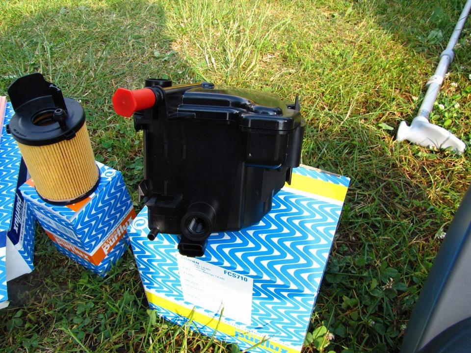Б/у корпус масляного фильтра для Fiat Doblo - Запчасти в.