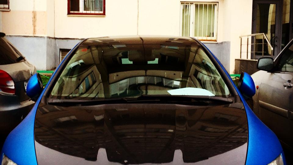 Телка в машине на коробке передач фото 701-284
