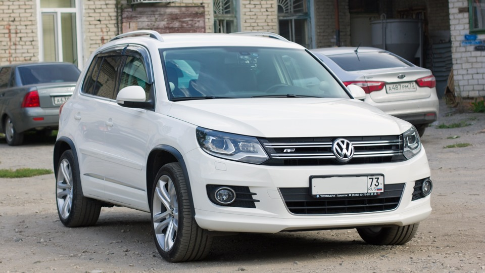 volkswagen tiguan 19 savannah drive2. Black Bedroom Furniture Sets. Home Design Ideas