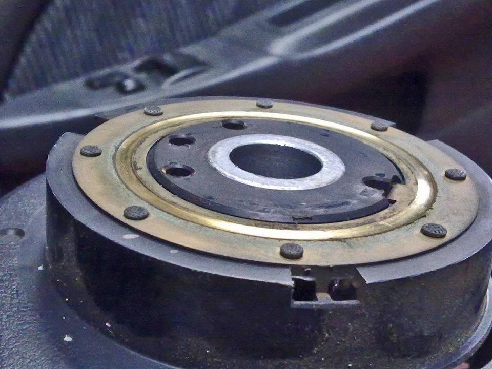 кольцо звукового сигнала toyota avensis номер