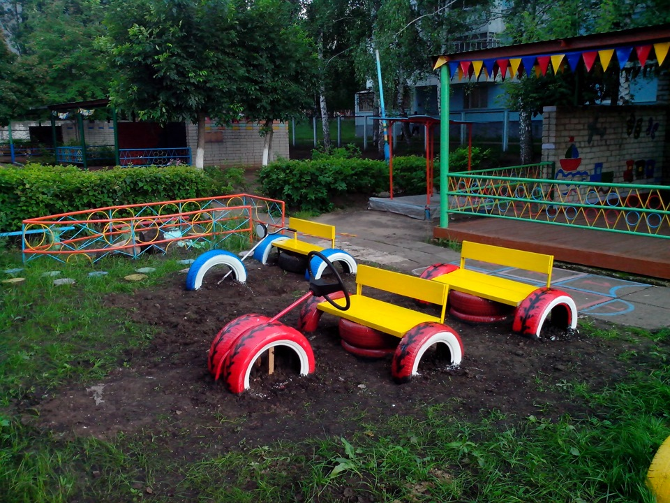 Машина на площадку детского сада своими руками 62