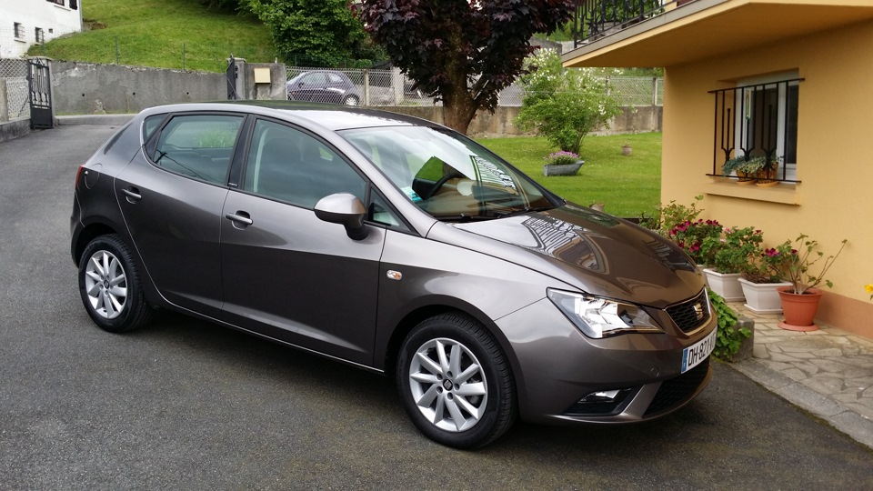 seat ibiza 1 6 tdi 90 stylebusiness drive2. Black Bedroom Furniture Sets. Home Design Ideas