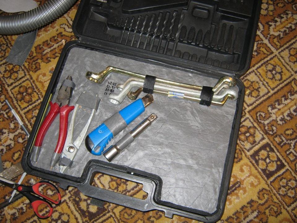 Как сделать чемодан с инструментами своими руками