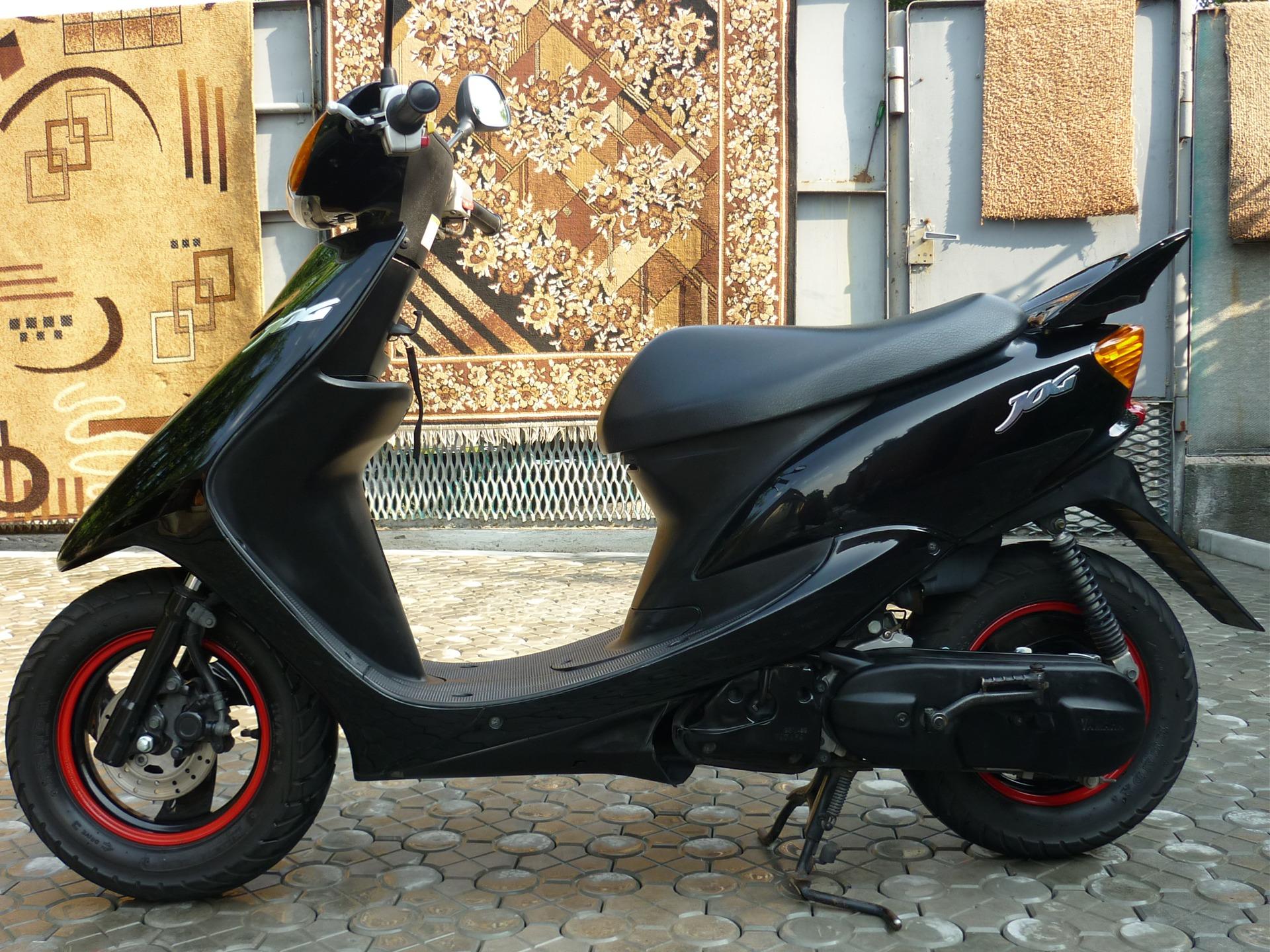 картинки скутер черные ассортименте
