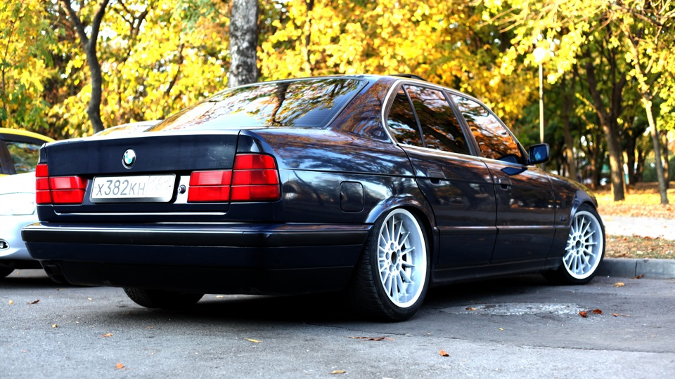 Bmw 5 series low life style drive2 for Bmw living style