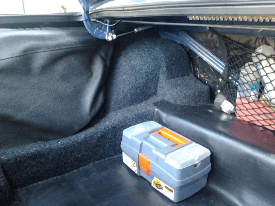 Инструмент в багажнике ваз 2107