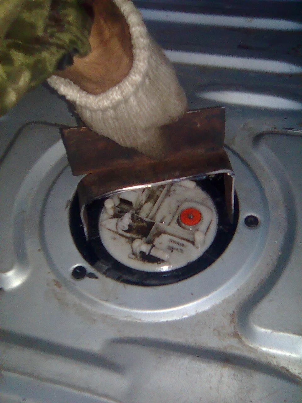 Замена топливного фильтра рено флюенс своими руками