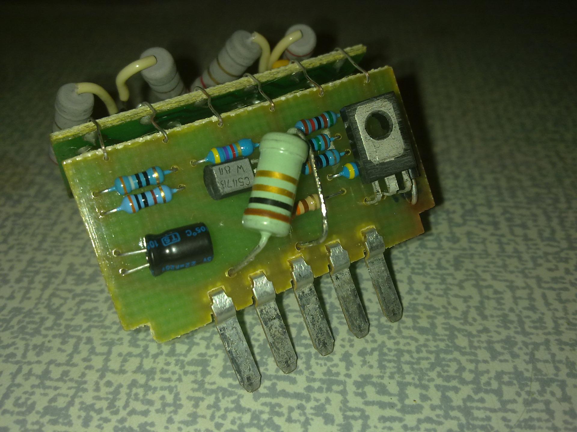 Фото №19 - ВАЗ 2110 лампа стоп сигнала