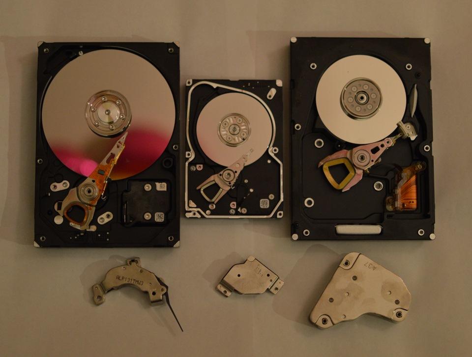 Как сделать из диска и магнита 77