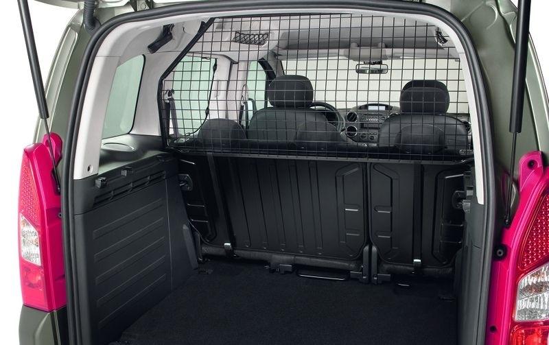 Как правильно устанавливать детское кресло в машину