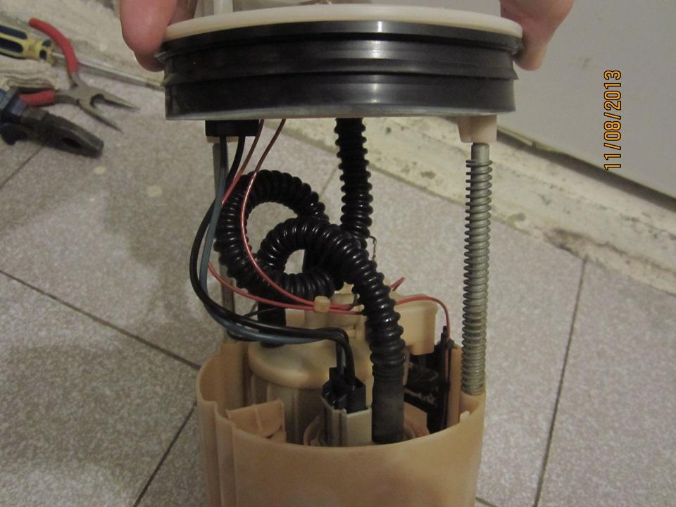 Замена топливного фильтра ниссан р12