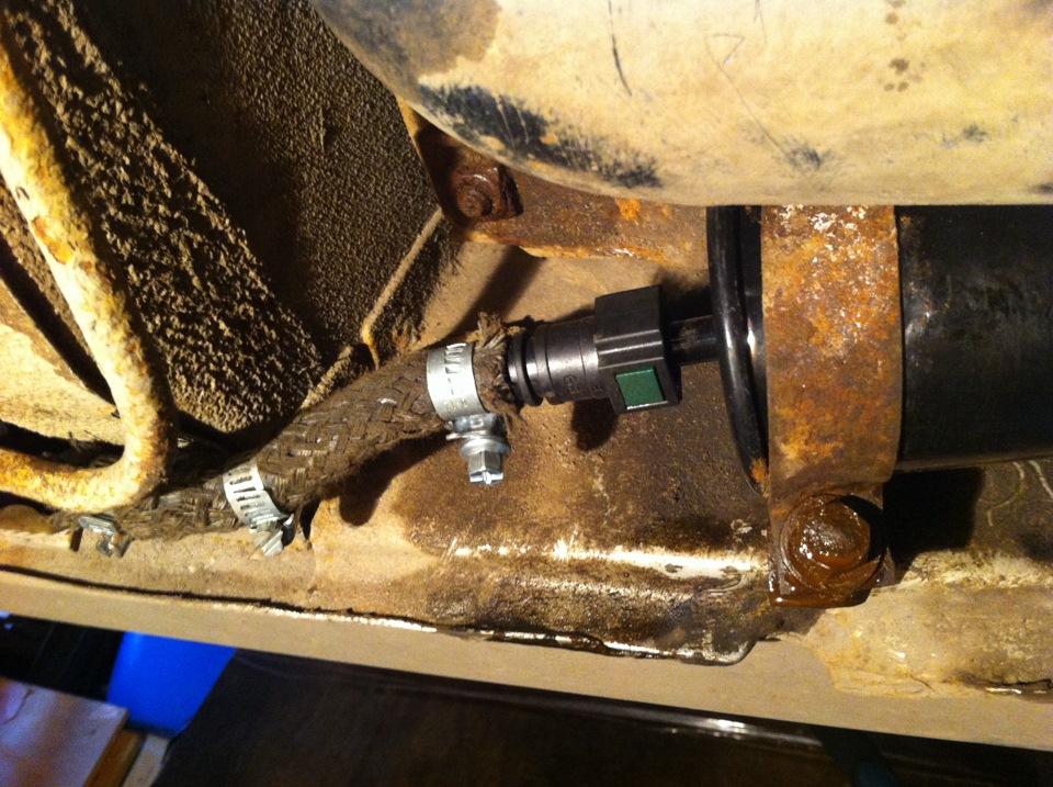 Фото №4 - топливный фильтр ВАЗ 2110 на защелках
