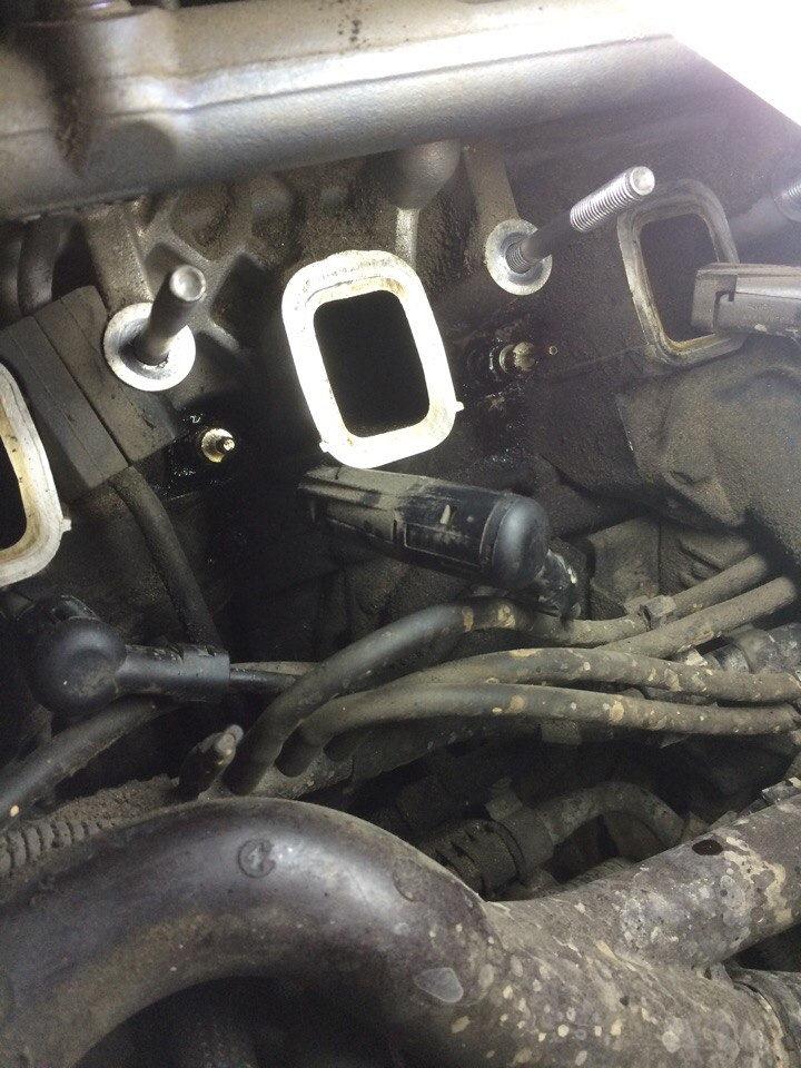 Replacing the glow plug BMW E70 3 0D — DRIVE2