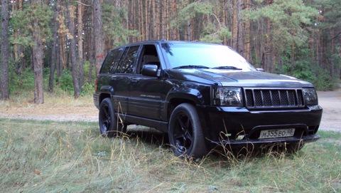 Jeep Grand Cherokee 5.9. 4 Y. +4 Photos