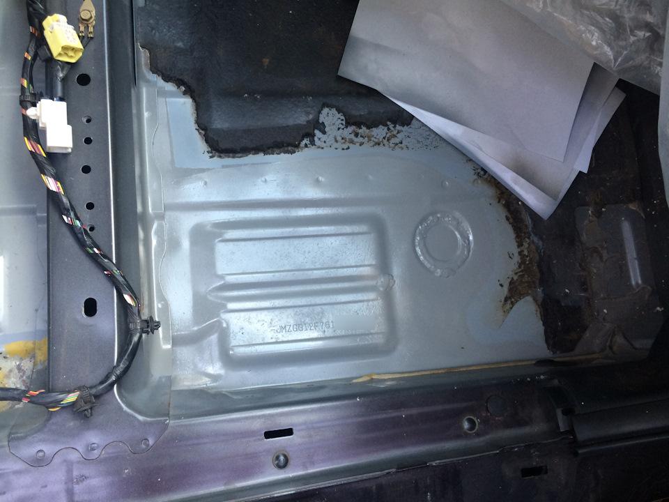 7e6d9c5s 960 - Чем обработать пол в машине от ржавчины
