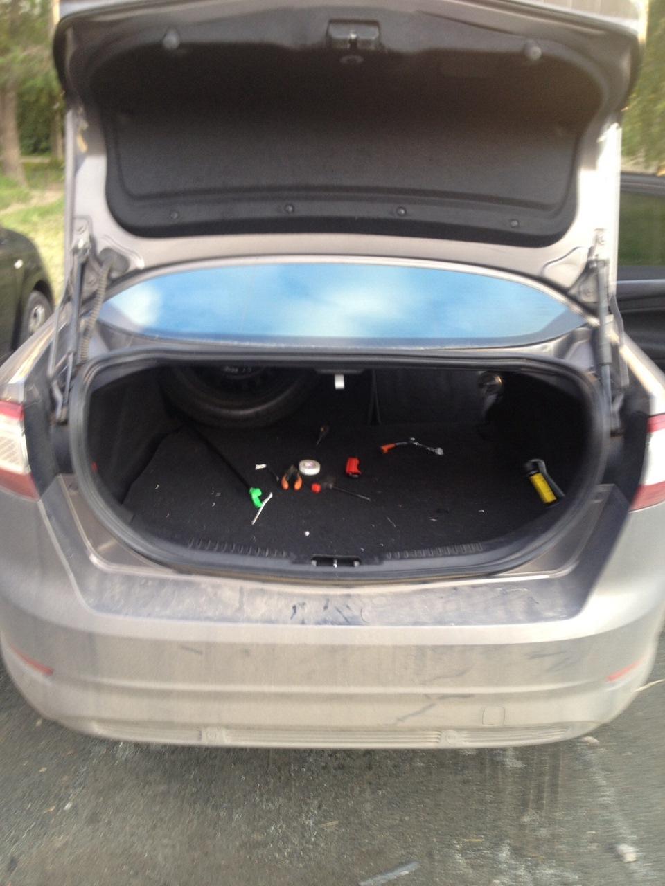 крышка багажника не открывается ford mondeo 4