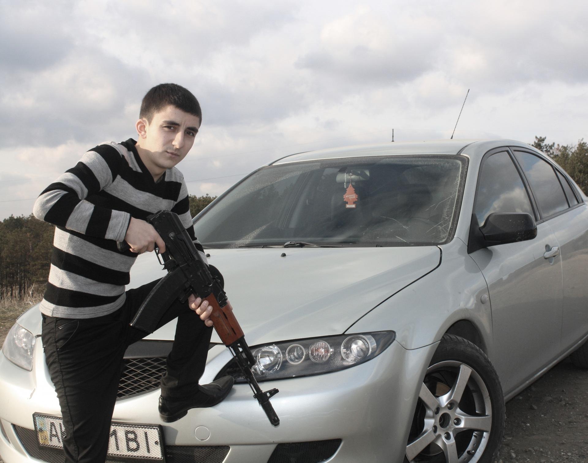Фото на аву машины ак-47
