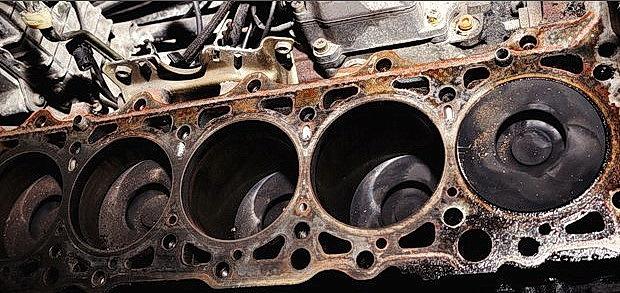 Количество цилиндров в двигателе